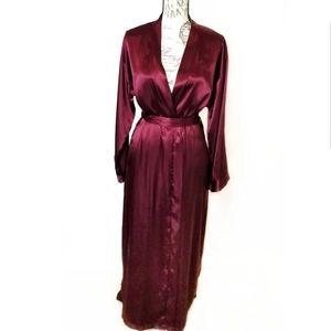 Jones new York silk slip robe